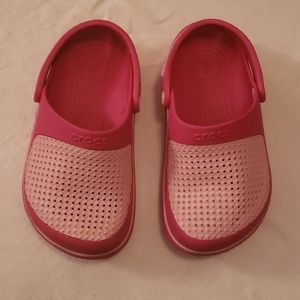 Girls Pink Crocs